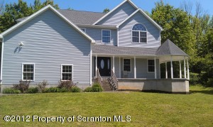 1315 FORDS POND RD, Clarks Summit, PA 18411