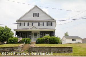 1151 S Valley Ave, Throop, PA 18512