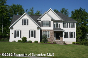 703 Parkview Rd, Moscow, PA 18444