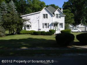 39 Oak Street, Nicholson, PA 18446