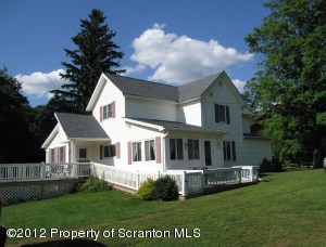 421 Tennessee Gas Rd, Clifford Twp, PA 18470