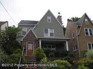 1204 Monroe Ave, Dunmore, PA 18512