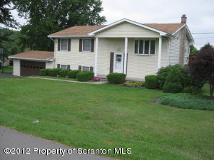 12 Corby Rd, Factoryville, PA 18419