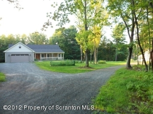 40 WILLIAMS VALLEY DR, Honesdale, PA 18431