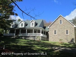 5071 Jubilee Rd, Moscow, PA 18444