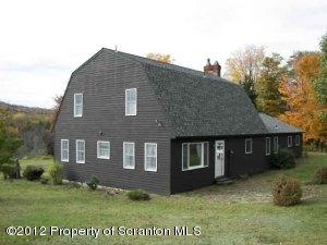 352 BUNNELL FARM RD, Union Dale, PA 18470