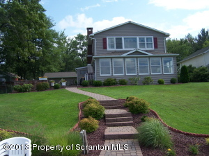 30 Buckland Road, Clinton Twp, PA 15026