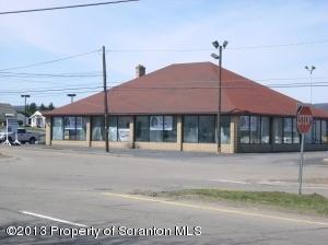 3504 Birney Ave, Moosic, PA 18507