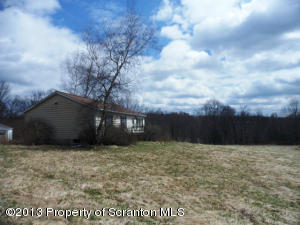 118 TURNER RD, Pleasant Mount, PA 18453