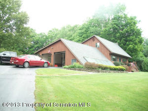 13 FIELDSTONE DRIVE, Scott Twp, PA 18411