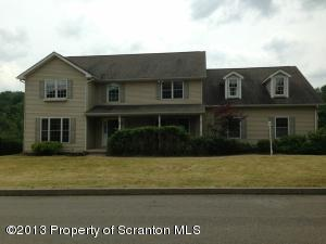 1005 Westwood Dr, Clarks Summit, PA 18411