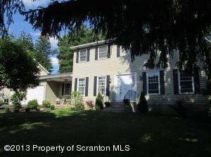 406 Colburn Ave, Clarks Summit, PA 18411