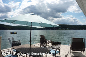 213 LAKESIDE DR, Harveys Lake, PA 18618