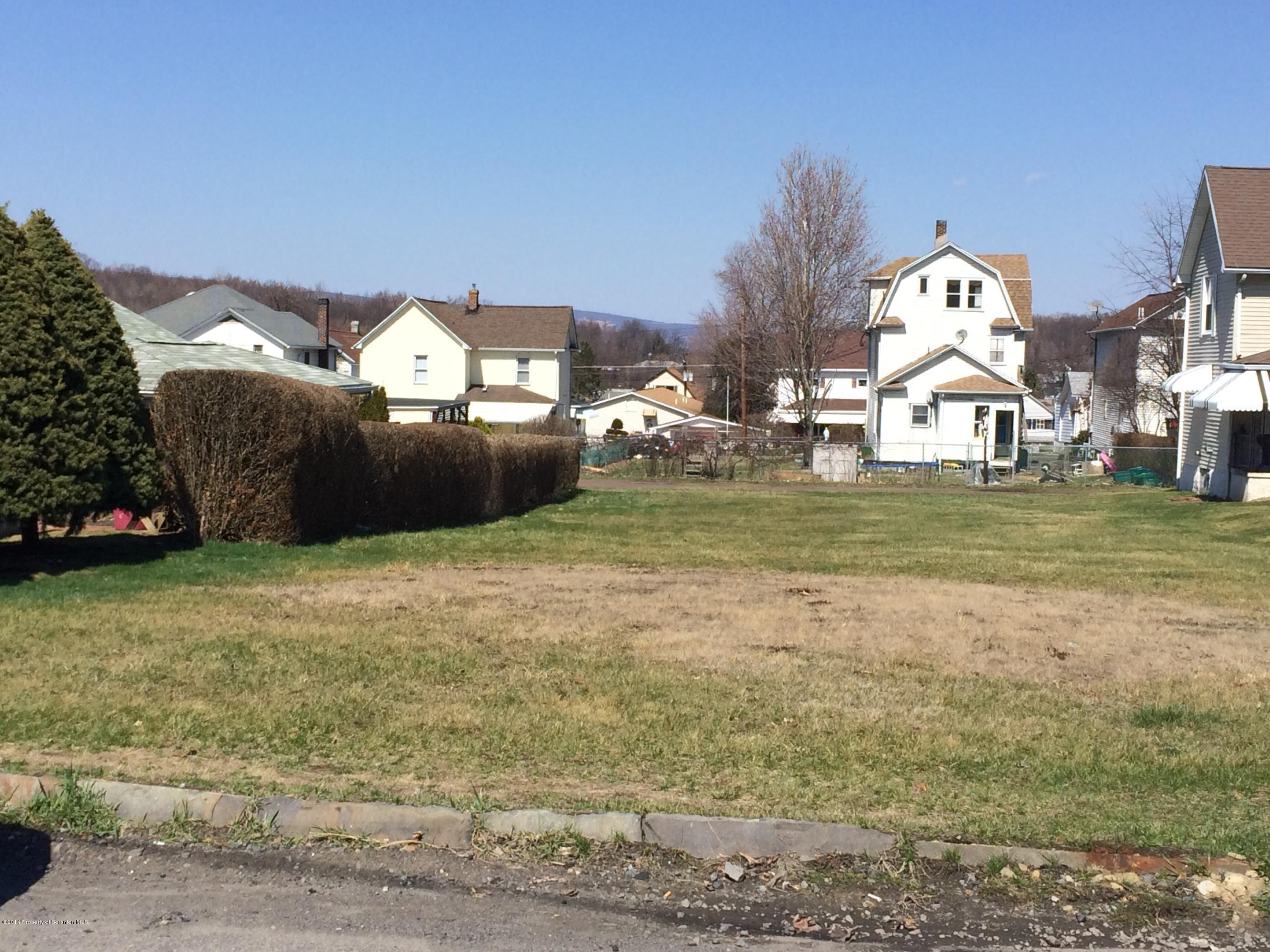 102 Smith St, Dupont, Pennsylvania 18641, ,Land,For Sale,Smith,14-1534