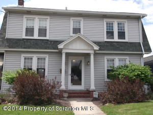 825 S Main St, Old Forge, PA 18518