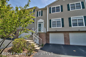 30 Waterford Rd, Clarks Summit, PA 18411
