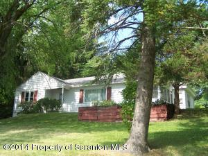 404 Evans St, Clarks Green, PA 18411