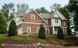 401 Carpenter Hill Rd, Clarks Summit, PA 18411