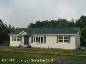 68 Humphrey St, Old Forge, PA 18518