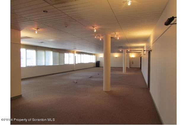 204 Wyoming Ave, Scranton, Pennsylvania 18503, ,2 BathroomsBathrooms,Commercial,For Lease,Wyoming,14-682