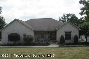 121 Ridgeview Dr, Scranton, PA 18504