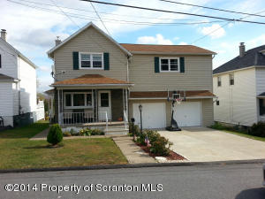 922 Dimmick St, Dickson City, PA 18519