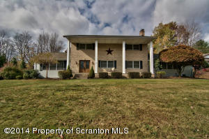 3 Old Mill Rd, Jermyn, PA 18433