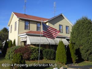 442 Hickory St, Peckville, PA 18452