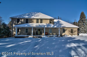 405 Colburn Ave, Clarks Summit, PA 18411