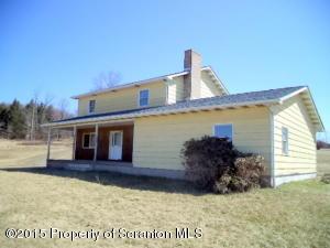 164 Maple Lake Rd, Spring Brook Twp, PA 18444