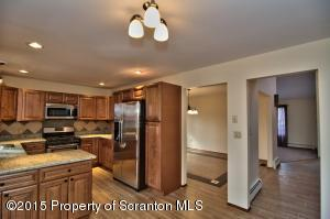 104 Sean Dr, Clarks Summit, PA 18411