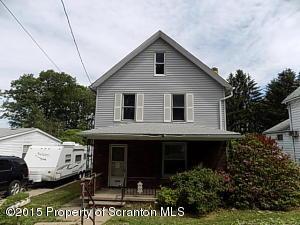 1031 Ash St, Moosic, PA 18507
