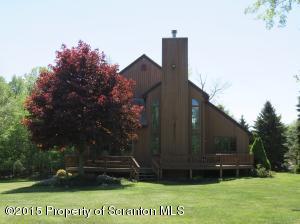 11 Sunnyside Court, Gouldsboro, PA 18424