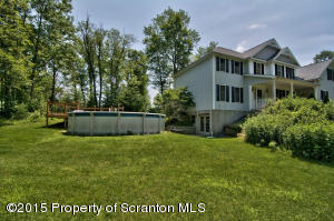 705 Spruce St, Moscow, PA 18444