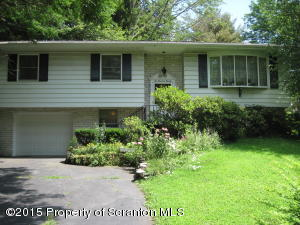220 Marion Rd, Clarks Summit, PA 18411