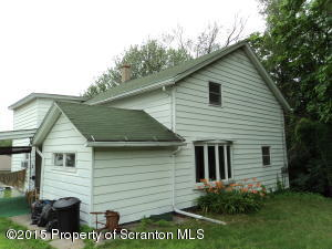 216 Broadhead St, Old Forge, PA 18518