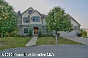 661 Laurel Rd, Mayfield, PA 18433