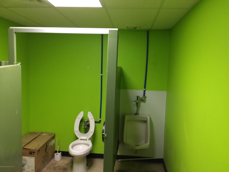 10 Jaycee Dr, West Hazleton, Pennsylvania 18202, ,2 BathroomsBathrooms,Commercial,For Lease,Jaycee,15-4922