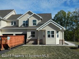 7 Villa Drive, Moosic, PA 18507