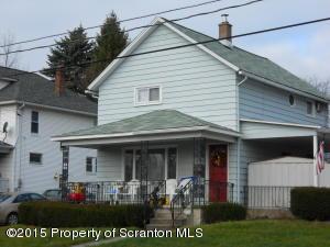76 Main St, Peckville, PA 18452