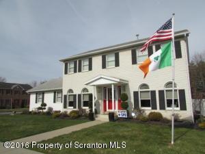 820 Dale Dr, Scranton, PA 18504