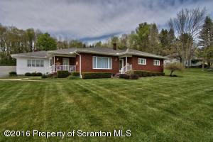 201 Green St, Moscow, PA 18444