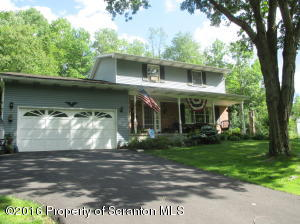 442 N Gravel Pond Rd, Clarks Summit, PA 18411