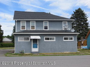 214 Barber St, Old Forge, PA 18518