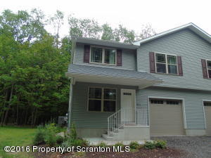 4000 A POND VIEW DR, Clarks Summit, PA 18411