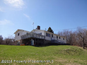 683 Lehigh Rd, Covington Twp, PA 18424