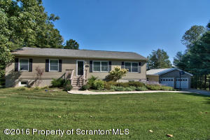 1210 Fords Pond Rd, Clarks Summit, PA 18411