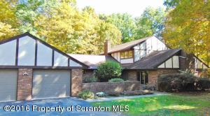 1011 Chapin Dr, Clarks Summit, PA 18411