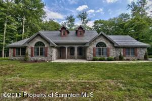 62 Theta Dr, Clifton Twp, PA 18424