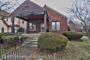 1529 Monsey Ave, Scranton, PA 18509